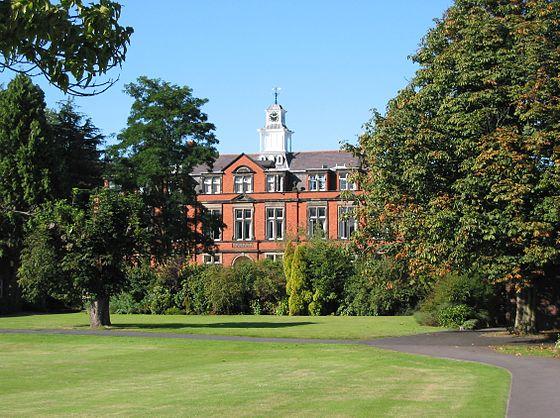 560px-Wrekin_College